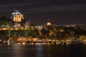 aaaaaaaquebecnuit-300x199 Québec - Canada - UNESCO - cité médiébale - cité forteresse - Amérique du Nord -Indiens dans Artistes